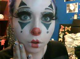 cute clown makeup by indistinctstoner