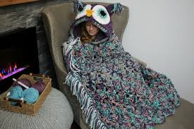 Crochet Owl Blanket Pattern Free Stunning Viral Hooded Owl Blanket MJ's Off The Hook Designs