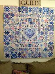 modern applique quilt patterns   from glorious color blog I need ... & modern applique quilt patterns   from glorious color blog I need to do  something like this Adamdwight.com