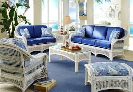 Outdoor white wicker furniture nice
