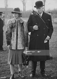 British merchant banker Vivian Smith, 1st Baron Bicester and Mrs Mure...  News Photo - Getty Images