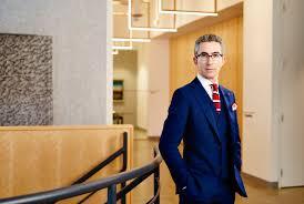 Aaron Platt   Davies Howe LLP