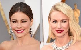 the 2016 oscars took timeless iconic makeup to a fresh and playful new level the clic bold red color was replaced by a rich matte raspberry