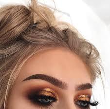 gold smokey eye makeup min