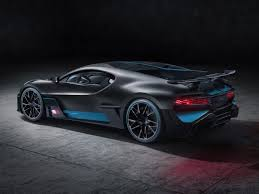 Divo also gets its own unique flavor in the form of a divo racing blue color scheme that envelops the dashboard and is added to the seat and door inserts, among other items. Bugatti Divo Car Body Design