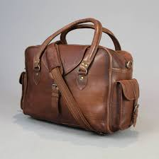 vintage style leather overnight bag