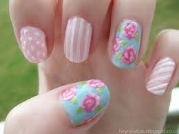Rose nail art - how you can do it at home. Pictures designs: Rose ...