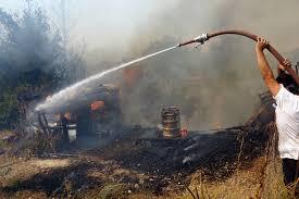Αποτέλεσμα εικόνας για Φωτιά στη Μάνη: Κάηκαν 15 σπίτια