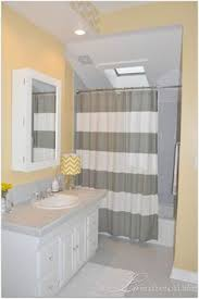 Image Gray Yellow Bathroom Color Ideas Related Karaelvarscom Yellow Bathroom Color Ideas Karaelvarscom