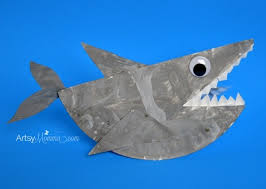 rockin paper plate shark craft for kids artsy momma paper plate shark that rocks ocean craft