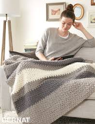 Yarnspirations Patterns Extraordinary Yarnspirations Bernat Hibernate Blanket Patterns