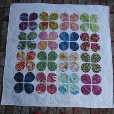 Elven Garden Quilts: Retro Flowers {A quilty finish} & Full quilt - Retro Flowers Adamdwight.com