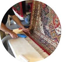 cleaning fringes on a wool rug