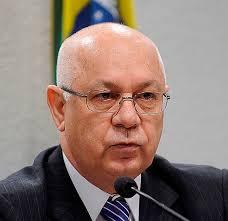 AVIÃO CAI NO RJ; MINISTRO TEORI DO STF, MORREU NA TRAGEDIA