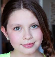 here are some very natural makeup tips for tweens to p along to your daughters written by a tween so this is the real deal