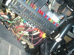 vwvortex com disable alarm 1996 2 0 jetta trek google is suggesting a box behind the headlight switch 2 wires can anyone give more details or draw on the attached photos