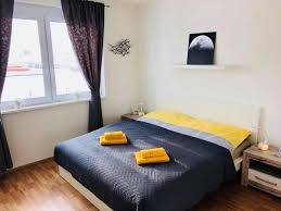 Haus 100 M² 3 Schlafzimmer Und 2 Eigene Badezimmer In Chyne