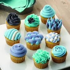 Cupcake Kitchen Decor Sets Amazoncom Wilton 2104 1368 46 Piece Deluxe Cake Decorating Set