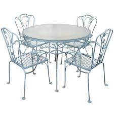 Vintage Salterini Wrought Iron Table And Chairs In Powder
