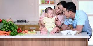Cha mẹ nên cho trẻ ăn dặm ngày mấy bữa ? - Tin Tức VNShop