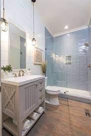 30 Lovely Coastal Bathroom Decoration Ideas Small Master Bathroom Bathrooms Remodel Bathroom Remodel Master