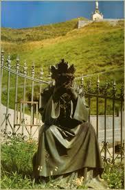 19 septembre 1ère apparition de Notre Dame de la Salette Images?q=tbn:ANd9GcRvGMatgsQAJE7W-HRQCz2Vp88qF-3dzccJPH-KiXhxBbUYz4bs