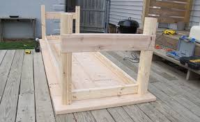 we attached the legs to the outside of the frame using additional pocket s