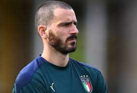 """Italia-Austria, Bonucci allo scoperto: """"Decidiamo stasera se inginocchiarci"""""""