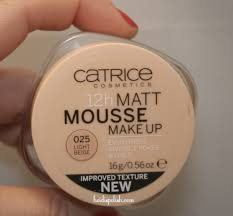 catrice 12 h matte mouse makeup 2