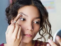 8 mistakes you re making when you fill in your eyebrows
