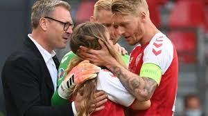 Dänemark ist ein skandinavisches land in nordeuropa. Nach Zusammenbruch In Em Spiel Mitspieler Trosten Christian Eriksens Freundin