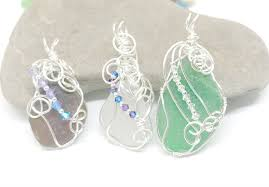 join beach glass collector and jewelry designer beth lampe martin to create your own banner wrap pendant all supplies are provided including tools and