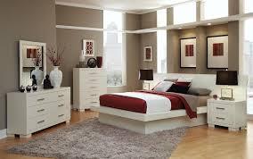 Lovely Jessica White 4 Piece Bedroom Set
