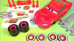 Lighting Mcqueen Stickers Cars 3 Lightning Mcqueen Putting Stickers On Mcqueen Disney Pixar Cars 3 Toys
