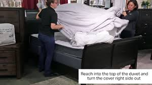 2017 aki tip how to insert comforter into duvet cover