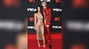 Megan Fox: Durchsichtiges Kleid wird ...