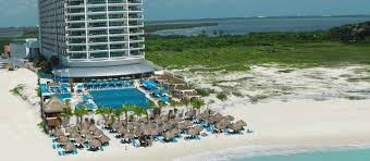 what is the best time to go to cancun