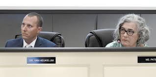 Assault victim speaks to city School Board, says Winchester school ...