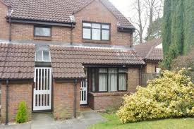 1 Bedroom Maisonette To Rent   Bennett Court, Camberely, Surrey
