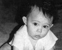 1992: Miley Is Born Destiny Hope Cyrus   Picture Galleries   Capital FM - miley-cyrus-baby-picture-1373627529-view-0