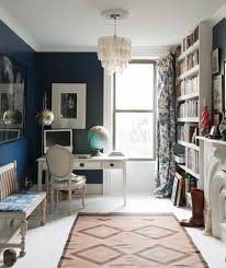 how to decorate small rooms. gregory ito interior design wall