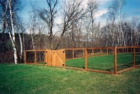 wood wire dog fence ideas