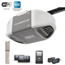 chamberlain 1 2 hp smartphone controlled heavy duty chain drive garage door opener