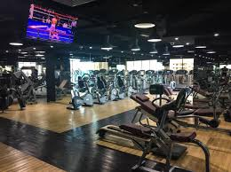 this gym s a big hit with fans of crossfit thanks to the vast amount of cl sessions and equipment available for the workout info umm suqeim road
