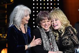 <b>Linda Ronstadt</b>: 'Nobody Wanted' Collab With <b>Dolly</b> and Emmylou