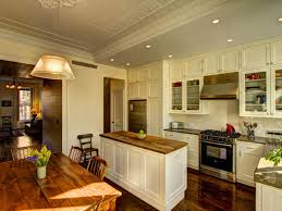 Modern Traditional Kitchen Shaker Kitchen Cabinets Pictures Ideas Tips From Hgtv Hgtv