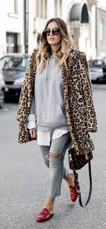 14 street style inspired ways to wear your hoo outside the gym 4 14 street leopard faux fur coat