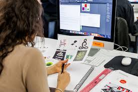 Magazine Designer Jobs London How To Become A Graphic Designer Without Quitting Your Day