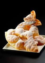 Chiacchiere o Lattughe - Italian Gourmet