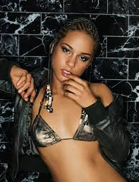 Miss Alicia Keys so gorgeous Musicians Pinterest.